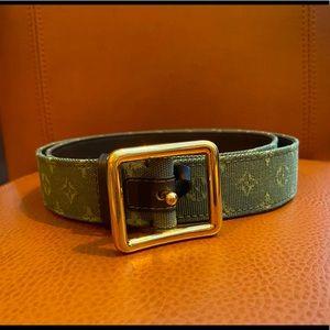 Authentic Louis Vuitton Mini Lin Waist Belt